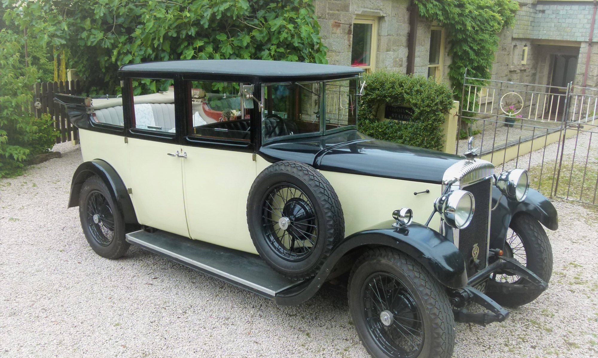 classic wedding car devon